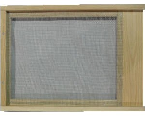 Bottom Board – Screened
